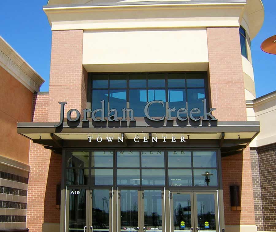 Jordan Creek Town CenterRetail Aluminum,Dimensional Letters Sign